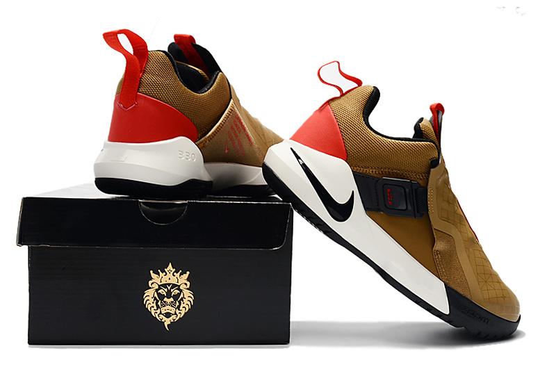 4d4af9d17d93f12068c9b01bf15f108a - Nike Ambassador XI 詹姆斯使節11代低筒籃球鞋 棕色 無鞋帶戰靴 超熱賣❤️