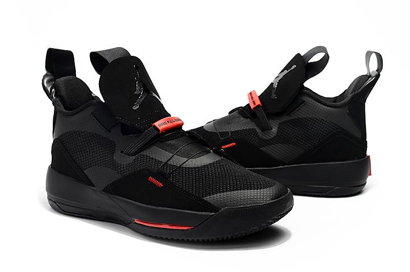 7264e6bfc4c55bdbc9a26c033c6d9213 - Air Jordan XXXIII 喬丹33代 男子高筒籃球鞋 全黑色 無鞋帶 熱銷推薦❤️