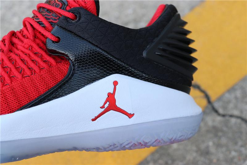 797d5df6ee3ae03d7fa3863b0673d0ce - Air Jordan 32 Low Win Like 96 AH3347-603 喬32白黑紅男款