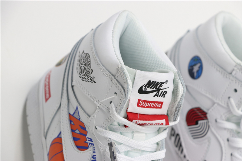 86cb18571a7be5cbe0ef2c5025f2fa6c - Air Jordan 1 喬丹1代三方聯名NBA白塗鴉 高筒 休閒運動鞋 白色 熱銷推薦❤️