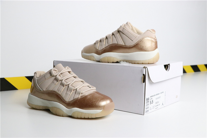 945712738eb5b1e33e004f51eae57dd0 - Air Jordan 11 Low GS  Rose Gold AH7860-105 喬11低幫玫瑰金女款