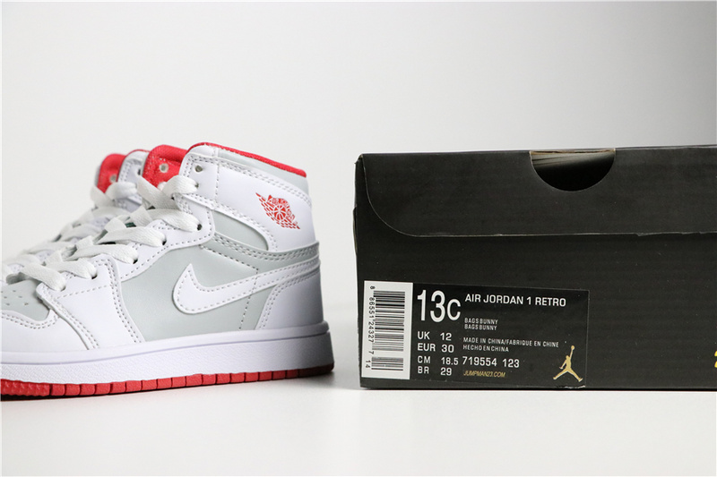 d3842cd9ebdbee6ec3da948a10251214 - 喬登1代高幫童鞋系列 Air Jordan 1 喬1白灰 28-35