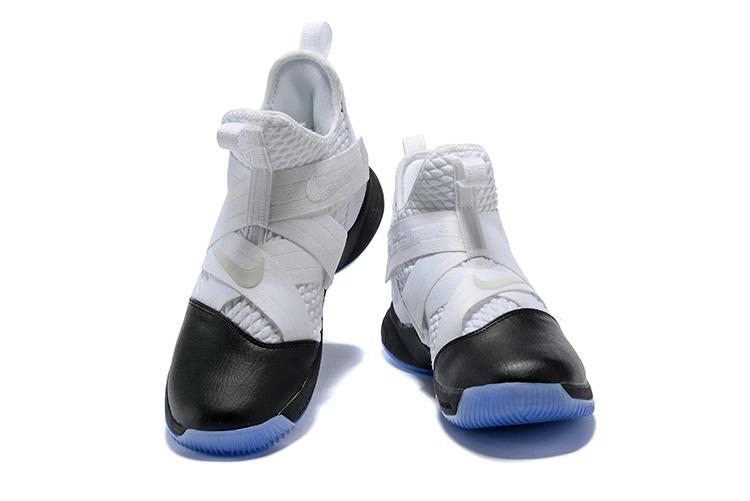 e4cbeb3aa17fc2cfab034dca88535073 - LeBron Soldier XII 詹姆斯 戰士 12代 士兵 高筒籃球鞋 男款 白黑色 秒殺款❤️