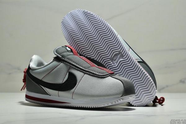 6a1a344dbfc2817ff84b94986fe6bd35 - Nike Cortez Kenny IV 110E2022聯名 全新阿甘一腳蹬設計 運動休閒慢跑鞋 男鞋 灰黑紅
