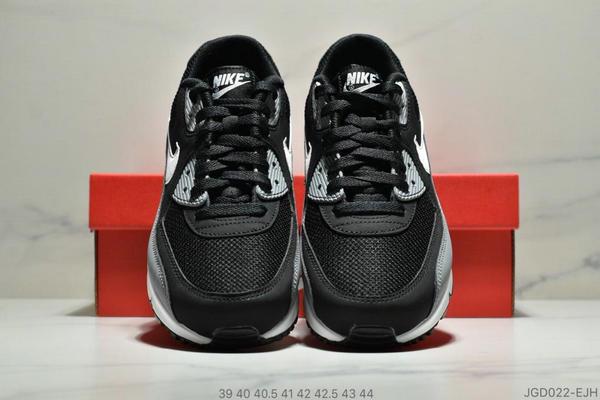 c9cbd5df962c000a501cb911479f625d - Nike Air Max 90 Essential 復古氣墊休閒跑鞋 男款 黑灰白