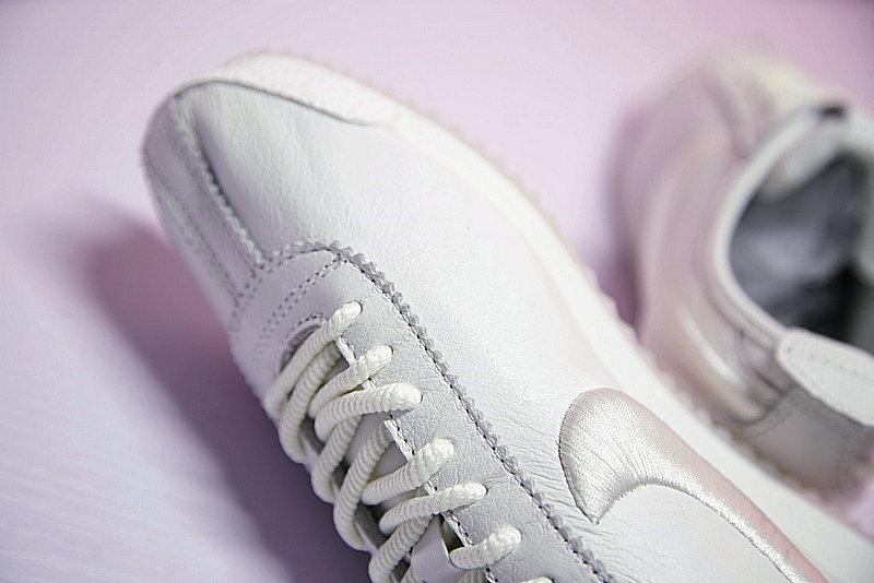 af9cf08a5c95995398c0be9262bce043 - Nike Cortez 阿甘 全白 皮 情侶鞋 881205-100