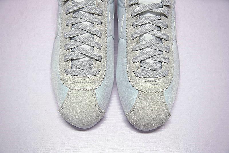 dc7a4d278f6b1056bb3f1fc429816de9 - 情侶鞋 Nike Classic Cortez 經典復古阿甘百搭慢跑鞋牛津布銀灰白 749864-010