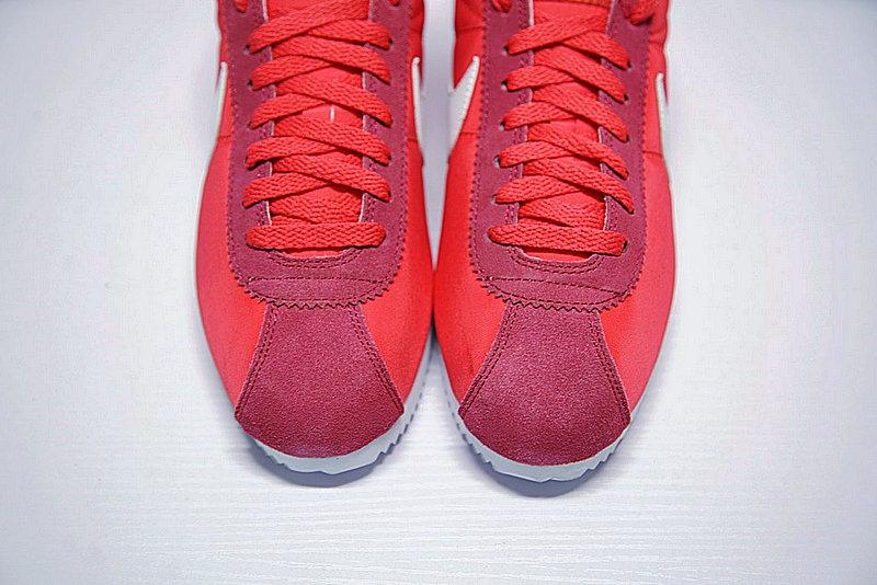 efe1ae7ac7e2b3a327d0231e3595b9aa - 情侶鞋 Nike Classic Cortez 阿甘 玫紅白 488291-603