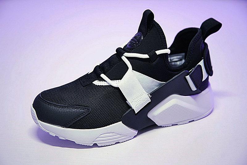 1841bf2bcac1eb23285fe40dc31ad6a4 - 情侶鞋 Nike Air Huarache City Low 機能 百搭 慢跑鞋 黑白 AH6804-002