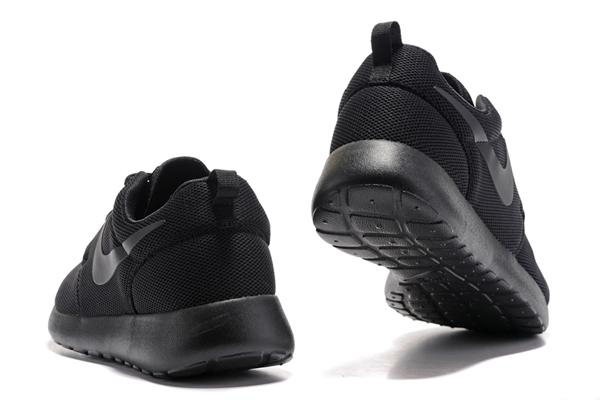 20fa9f37bf4f233d9affebd8997c154d - NIKE ROSHE ONE 844994 全黑 細網 情侶鞋