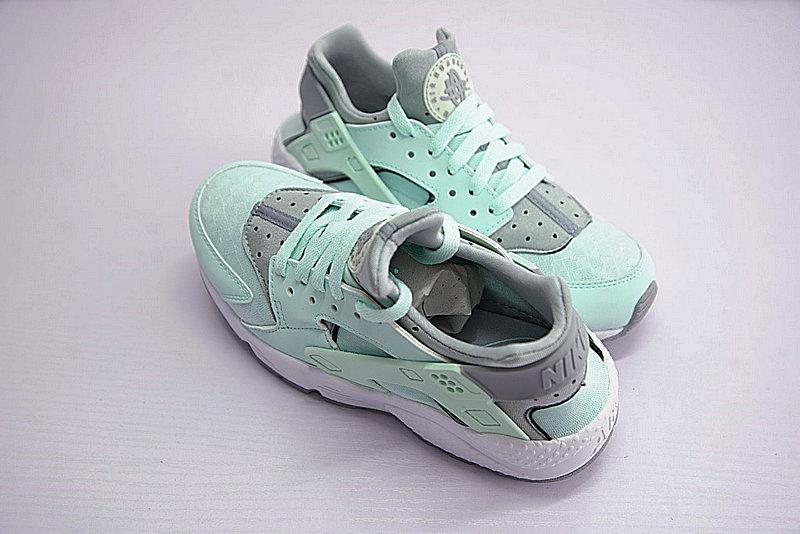 8f968d967c23a13cc110cc1dcf967274 - Nike Air Huarache Run Premium 華萊士 綠灰 女款