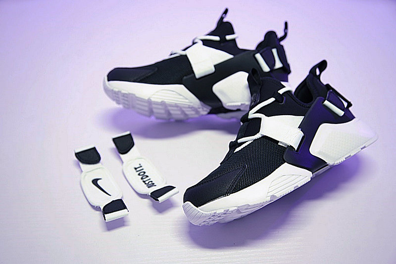 9116ec132b1390ccb9f54478cd4ab055 - 情侶鞋 Nike Air Huarache City Low 機能 百搭 慢跑鞋 黑白 AH6804-002