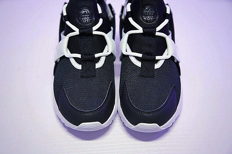 92a122adb1020a11735e52bf6999f0b1 - 情侶鞋 Nike Air Huarache City Low 機能 百搭 慢跑鞋 黑白 AH6804-002