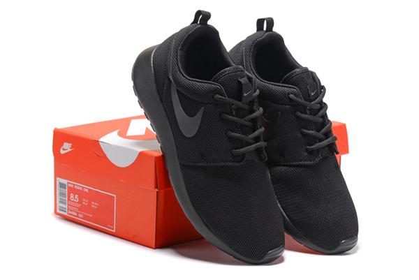 93c188702432a6af1cc2291a9bb8a1a0 - NIKE ROSHE ONE 844994 全黑 細網 情侶鞋