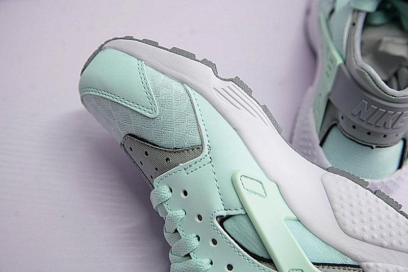 9ae2edf66b0dc0aabe661152cd9c4ffc - Nike Air Huarache Run Premium 華萊士 綠灰 女款