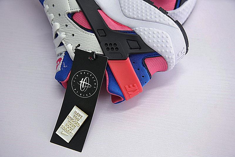 cdefe1b65a6c40306af54c117fe0dfa1 - 情侶鞋 Nike Air Huarache Run OG初代華萊士復古慢跑鞋 OG白藍桃粉 AH8049-100-