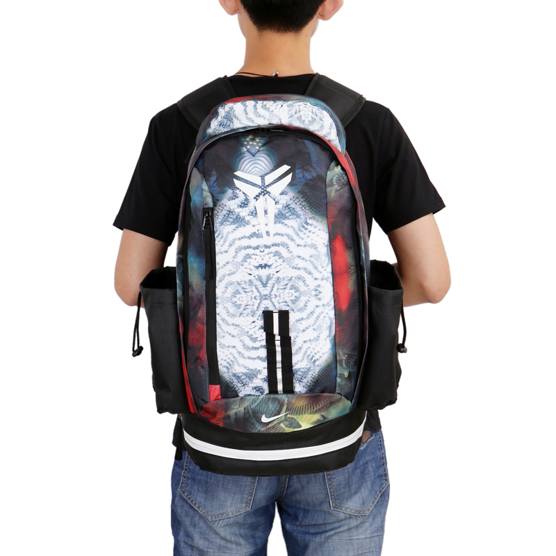28e33b144577eb7db42e11b1001688c0 - Nike kobe 夜光版 雙肩包 籃球包 學生書包 帆布 白色 時尚百搭 寬30*高47*厚22