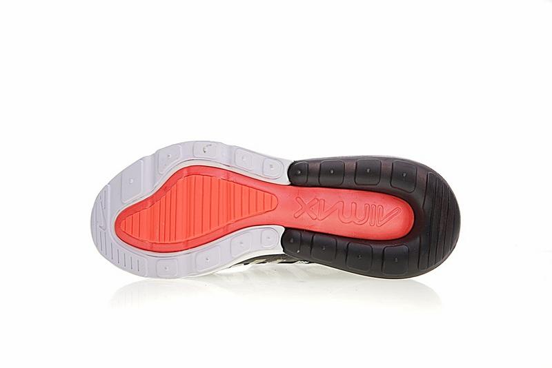 2b7c2f23647ef2afde86630991dcb9e5 - Supreme x Nike Air Max 270系列 後跟半掌氣墊 慢跑鞋 黑白 男款 潮鞋 百搭 AH8050-001