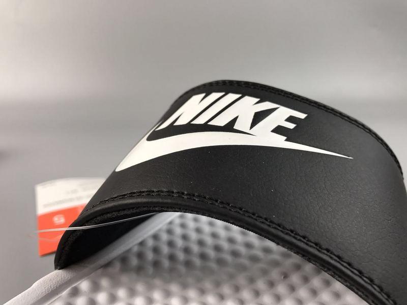 2b8a5c788880231878df64cbaacc111f - Nike Benassi Swoosh  黑白 白勾 防水 防滑 情侶款 時尚 百搭