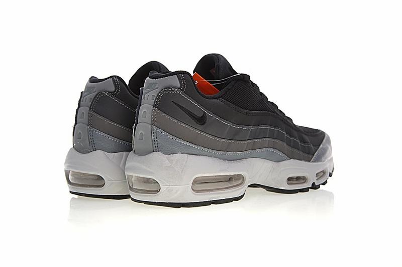 47a6ac6b5652eedfe997d031637e5077 - Nike Air Max 95 復古氣墊慢跑鞋 黑灰漸變 男款 時尚百搭 749766-021