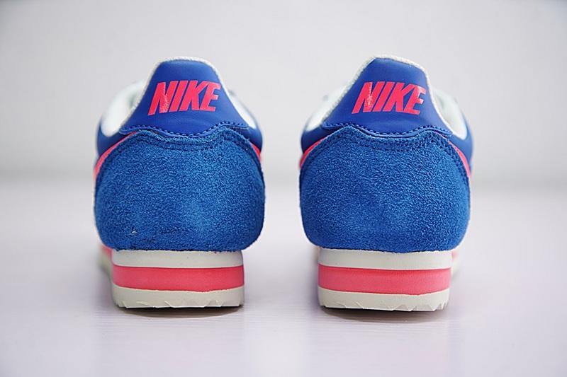 5599d55563fd8a22ea2556757e1aa425 - NIKE CLASSIC CORTEZ NYLON女子板鞋 藍粉 經典 休閒時尚749864-011-201-606