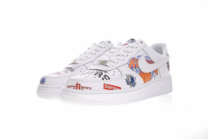 601c73a55c7fb6e9cb40a1dad7708c6e - Supreme x NBA x Nike Air Force 1 AF1 NBA LOGO聯名款 塗鴉 低筒 休閒鞋 時尚 百搭 AQ8017-300