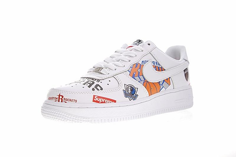 64e7609f5248951f676d3314ec6f11d3 - Supreme x NBA x Nike Air Force 1 AF1 NBA LOGO聯名款 塗鴉 低筒 休閒鞋 時尚 百搭 AQ8017-300
