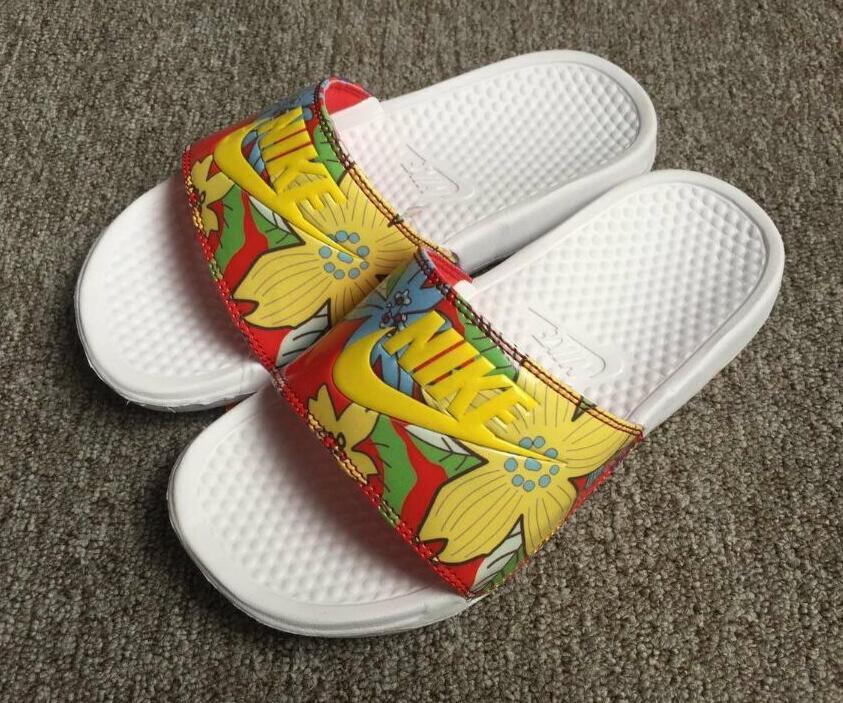 95019a2f92f1f7e5273195e733a14c2b - Nike Benassi Print 女神花卉 拖鞋 黃色 印花 防滑 防水 時尚 百搭