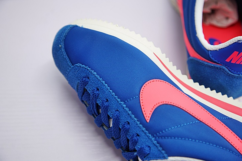 bad4587ddf316ceafea53ef15eae2452 - NIKE CLASSIC CORTEZ NYLON女子板鞋 藍粉 經典 休閒時尚749864-011-201-606