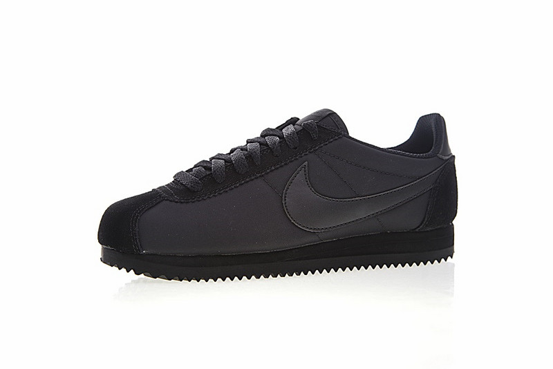 c54edff603578beba101fa88c3303e97 - Nike Classic Cortez 經典 全黑 布面 情侶款 運動 休閒時尚 807472-007