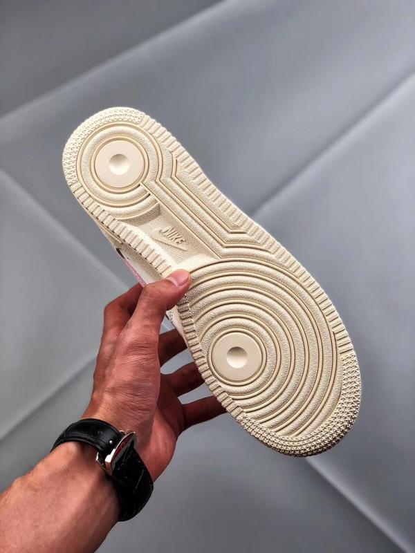 00884043292f7a571e9bacc604dcdc1c - Nike Air Force 1 空軍一號 低幫 女款 白粉 綢緞 經典 休閒板鞋-熱銷推薦❤️