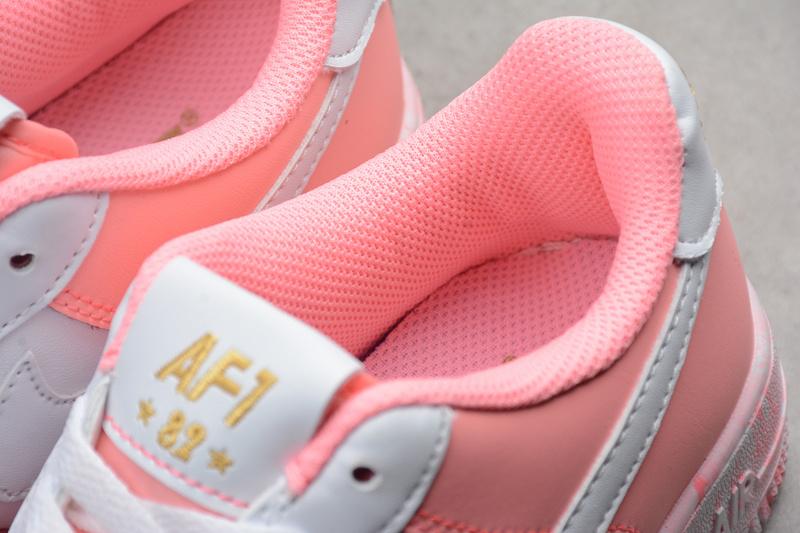 1abf11abd609e3c31599de86befb1b6d - Nike Air Force 空軍一號 低幫 休閒板鞋 粉白色 時尚 百搭-現貨秒殺❤️