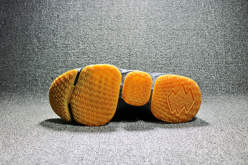 43380ea8513d304830b17b87d67791c8 - Nike LeBron 15 LBJ15 詹姆斯15代男子籃球鞋 黑黃897648-300