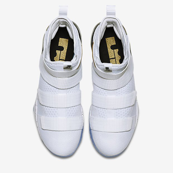 4ac1f65a701e55dc7e4c908e14fe4ab5 - Nike LeBron Soldier 11 SFG EP 男鞋 高筒 騎士 897645-101