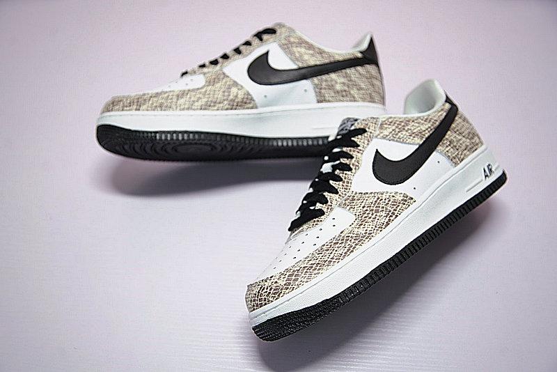 0a15dd7779f51a040600d632b7353e0b - Nike Air Force 1 Low Premium Snake Cocoa 低筒 白黑 皮蟒 蛇紋 845053-104