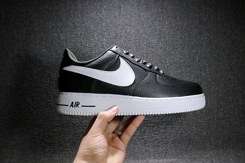 6910572fecda60e793d6c897115db1a6 - Nike Air Force 1 空軍壹號 經典 黑白 男鞋 823511-007