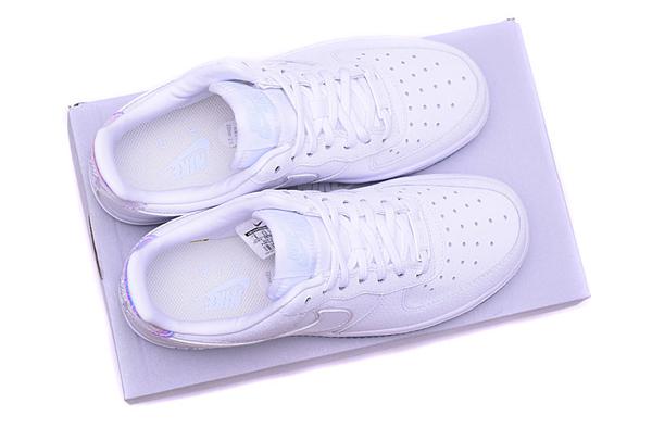 824544ea9e72d5c902da3f9438e3043a - NIKE AIR FORCE 1 '07 PRM 全白雷射 低筒 情侶 休閒運動鞋 滑板鞋 616725-105