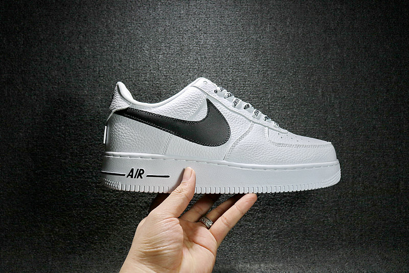 a7c3d10c77ed438e6e03eeb8a9651660 - Nike Air Force 1 空軍壹號 經典 白黑 男鞋 823511-103
