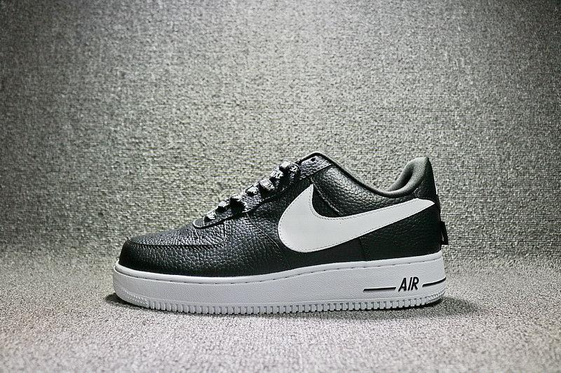 a82353c044e8b8b0be333f1e6c50995e - Nike Air Force 1 空軍壹號 經典 黑白 男鞋 823511-007