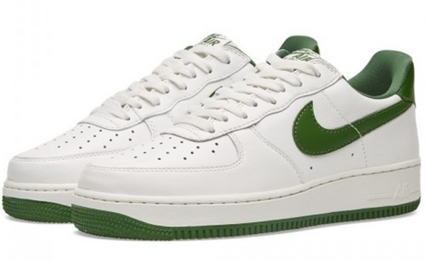 e7e913275663d03e563ae312cad7a8ad - NIKE AIR FORCE 1 LOW RETRO AF1 白綠 男子休閑板鞋 845053-101