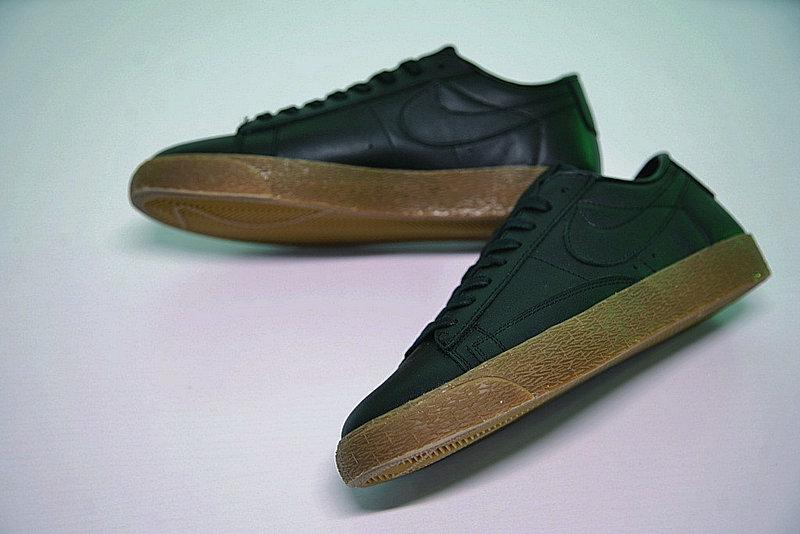 169bc3f9baeae4d66d1ab85bed45c2e6 - Nike Blazer Low 經典 百搭 板鞋 系列 黑黃 情侶鞋 AJ3733-991