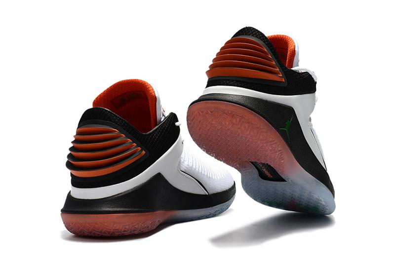 6c35bd02d94a4d624ea0222a2431a845 - AIR JORDAN XXXII DAY BANNED 32代 AH3348-001 喬丹 白橘 男款 水晶底 籃球鞋