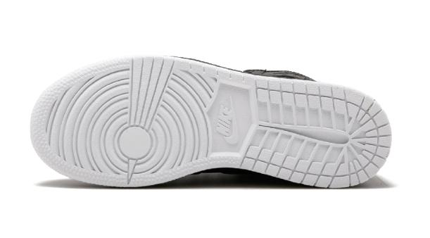 b48491f35bc4b06c30c389a9053e7700 - Air Jordan 1 Retro High OG BG - 575441 002 黑色 白底 高筒 籃球鞋 情侶款