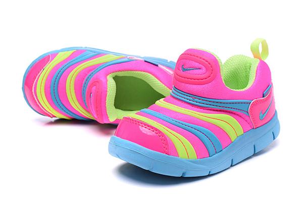 4845cd1e572f5a51c4d43f6b1e8a7d59 - 毛毛蟲鞋 新款 Nike 童鞋 DYNAMO FREE 男女童鞋