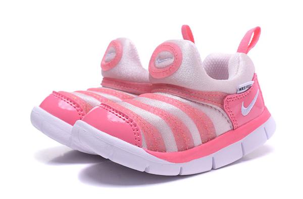4b0ae27afe6f3a3de639d781adb155ed - 毛毛蟲鞋 新款 Nike 童鞋 DYNAMO FREE 男女童鞋 耐吉 學步鞋 休閒運動鞋
