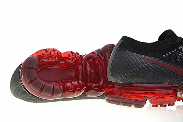 1b2bf3f2a4e3fff19d4eb76a47b1c361 - Nike Air VaporMax Flyknit蒸汽大氣墊慢跑鞋 男鞋