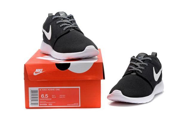 2c12efd397301879bff54be15809a931 - NIKE ROSHE ONE 844994 黑白 細網 情侶鞋