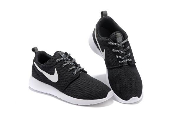 6ed141e903c3eb591af8e686abae630a - NIKE ROSHE ONE 844994 黑白 細網 情侶鞋