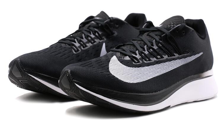 73fe8cbcfb058096547bfdc41838f09d - Nike Zoom Fly 4% 馬拉松緩震競速跑鞋 880848-001-402