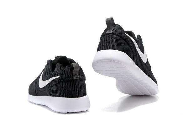 cab378997b0d004b47762b25a54ce8e1 - NIKE ROSHE ONE 844994 黑白 細網 情侶鞋